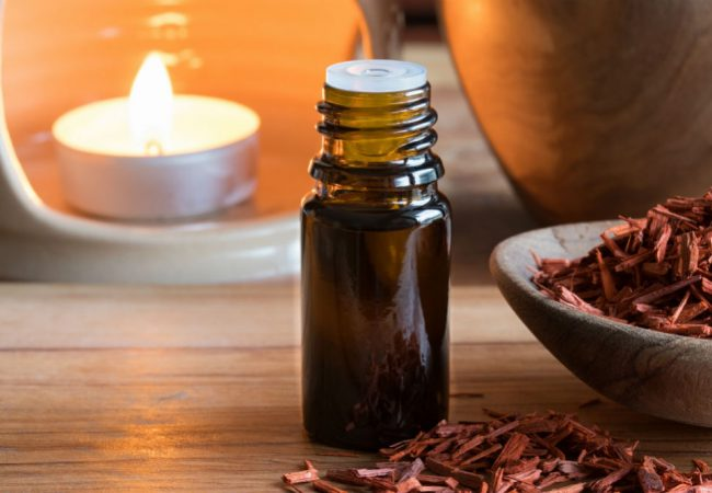 KIUNO Sandalwood Essential Oil: The All-Around Oil?